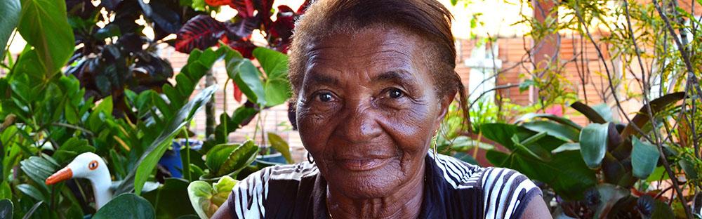 """""""Tem vezes que lembrar do Breu (cidade onde morava e que foi alagada) dá vontade de chorar"""", diz Maria Iraídes Barbosa."""
